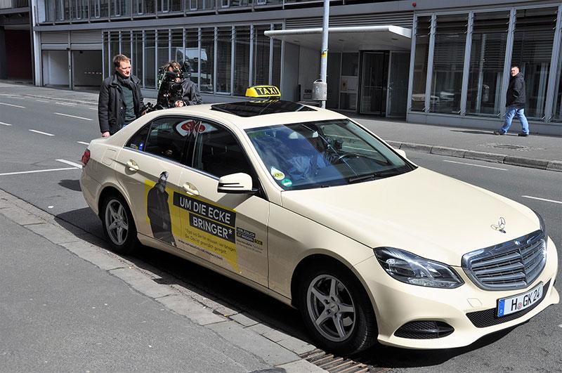 hallo-taxi-05