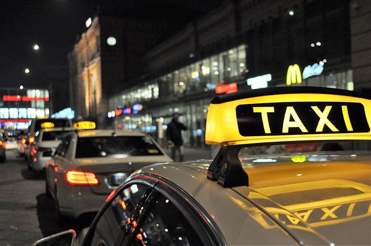 taxi streik hamburg
